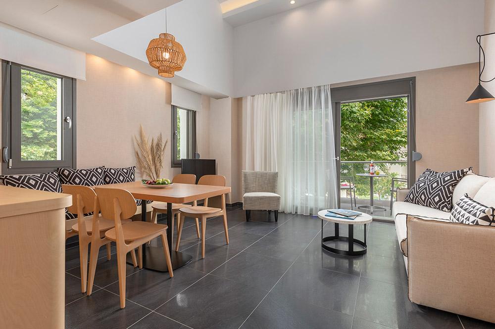 One Bedroom Suite Loft/Jacuzzi